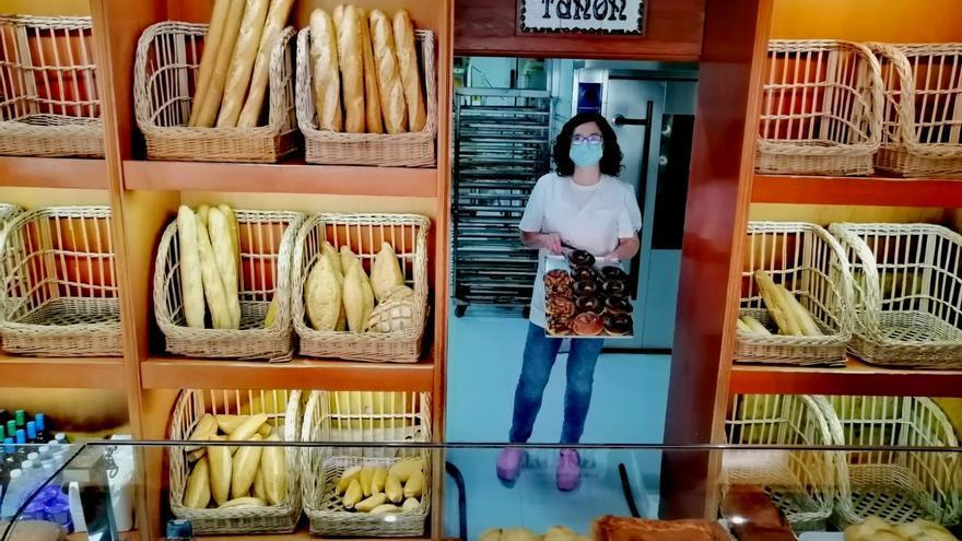 La historia detrás de la panadería que emociona a los vecinos de Grado con el gesto de no cobrar a bares y restaurantes