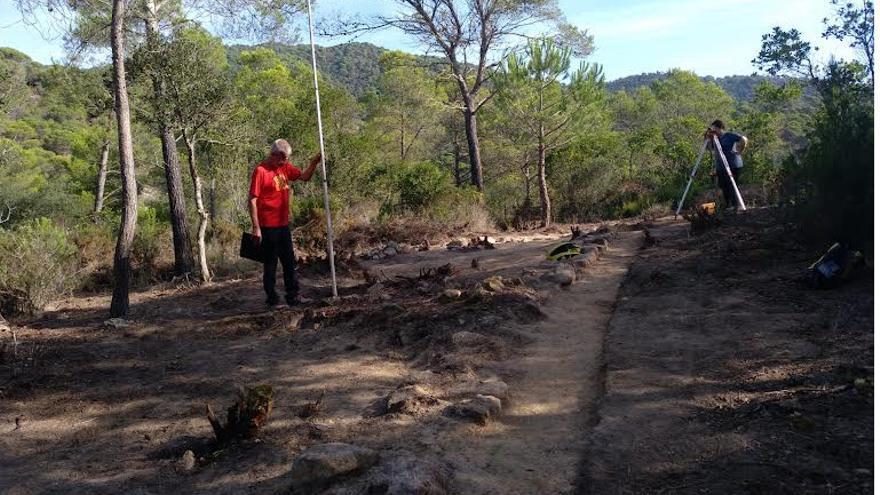 La primera excavació al jaciment ibèric de Tossa descobreix part d'una construcció i un magatzem