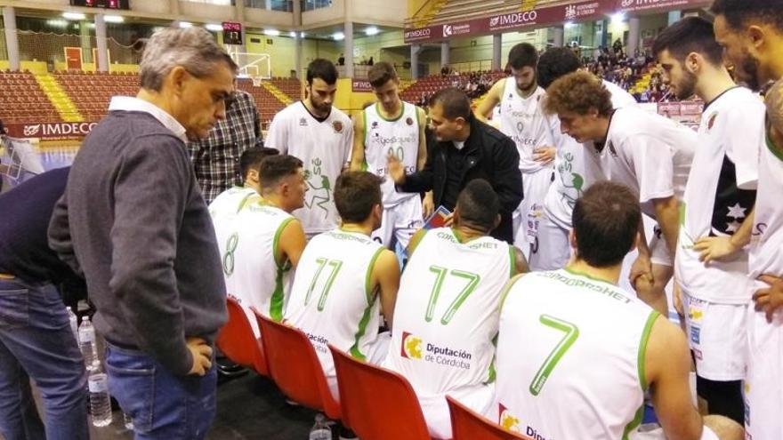 El Yosíquesé cierra la liga en la cancha del Medacbasket