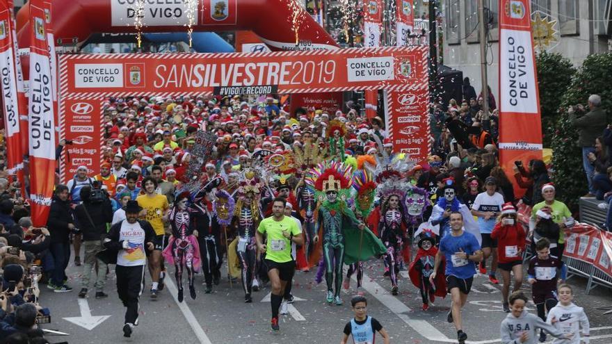 Navidad en Vigo 2019 | Miles de corredores despiden el año con la San Silvestre