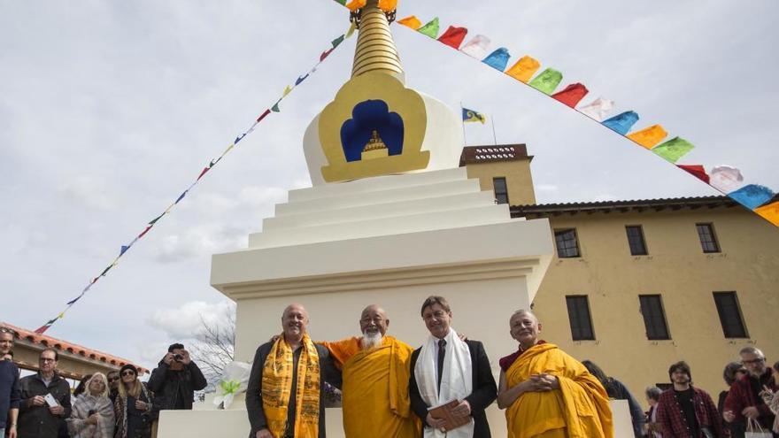 Inauguren l'estupa budista de Santa Coloma de Farners