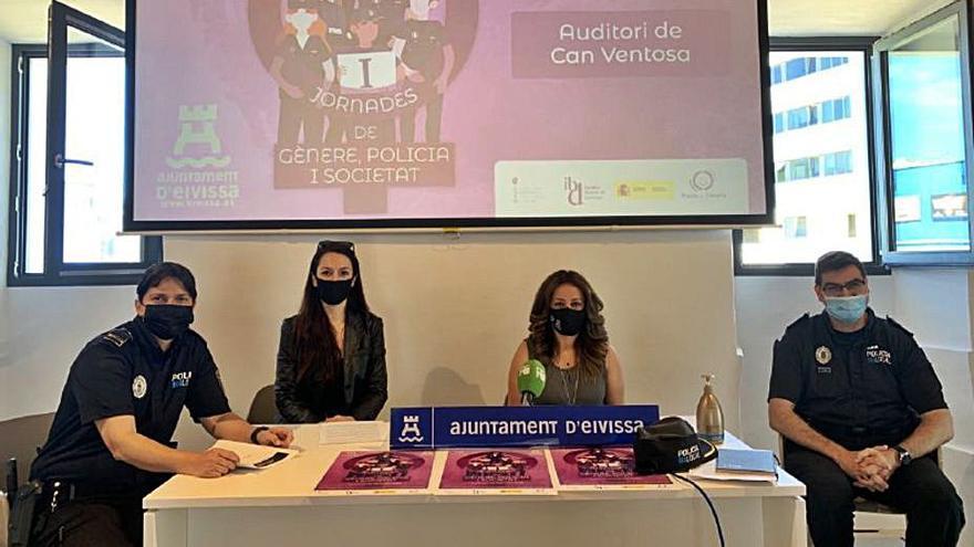 El Ayuntamiento de Ibiza organiza una jornada de igualdad de género en los cuerpos policiales