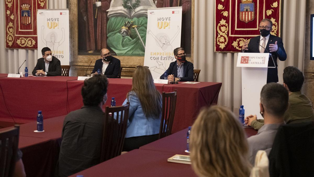 La Diputació presenta la primera sesión del programa de emprendimiento 'Move Up! Emprende con éxito'.
