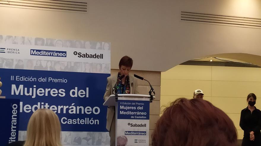 """""""Dolores Corella debe servir de inspiración y referente a las jóvenes"""", dice la rectora de la Universitat de València"""
