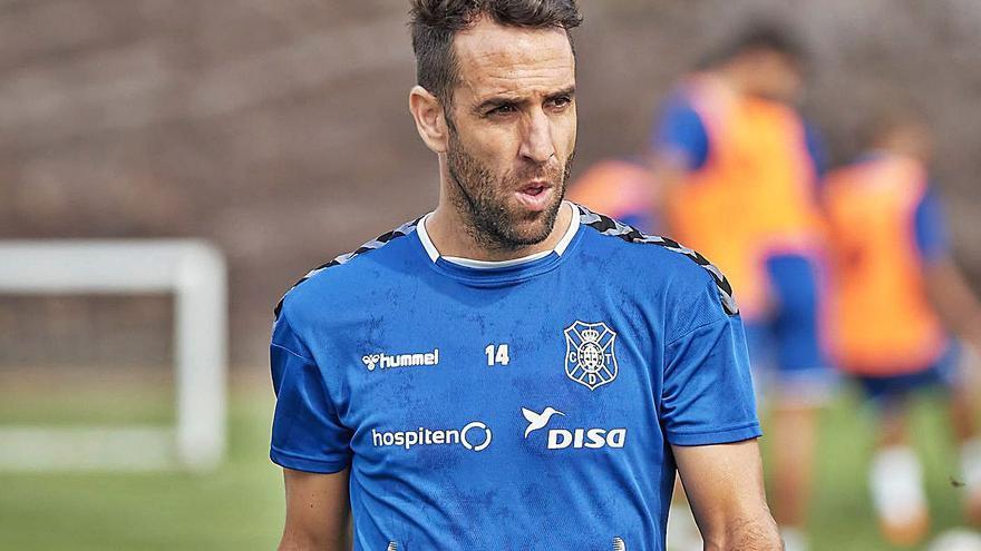 El Tenerife pierde a Carlos Ruiz para el resto de la Liga