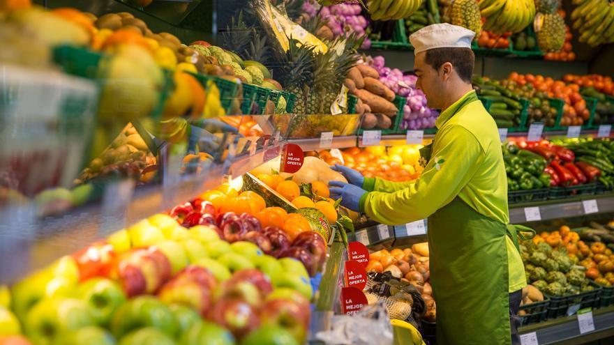 Los supermercados Dialprix ya tienen todo preparado para estas fiestas