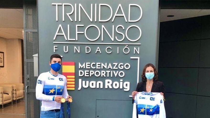 Mora comparte con la Fundación Trinidad Alfonso sus oros europeos