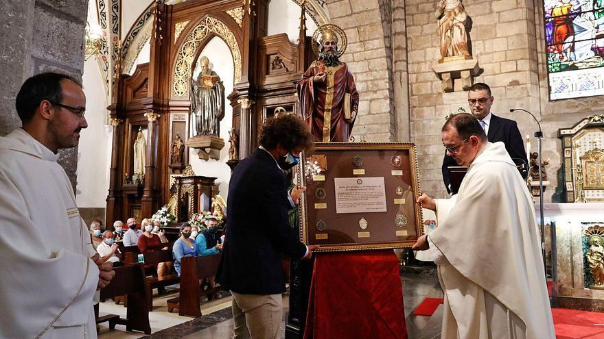 Dos misas para honrar al patrono