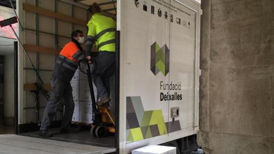 Distribuyen 368.000 mascarillas para población vulnerable de Baleares