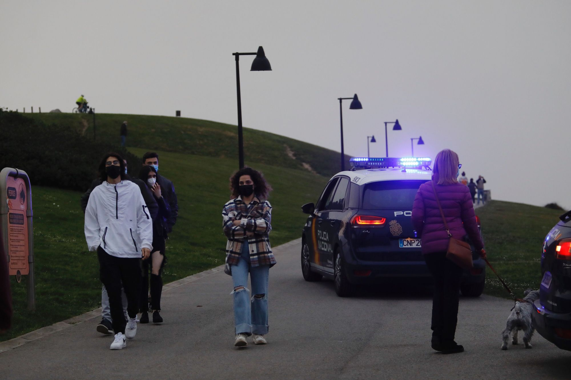 Amplio operativo de búsqueda por una mujer desaparecida en Gijón