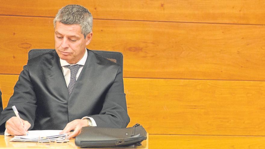Miguel López responde a las acusaciones que nadie impidió ver el acta que después se destruyó