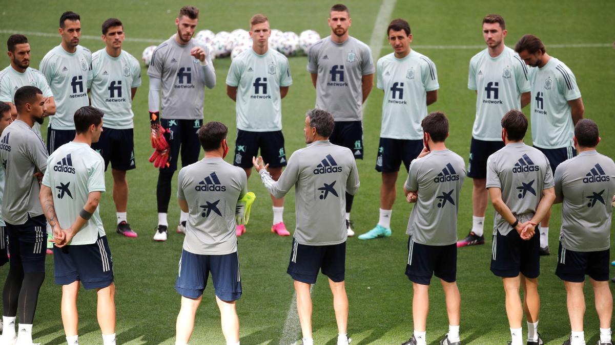 La selección española durante un entrenamiento para la Eurocopa 2021.