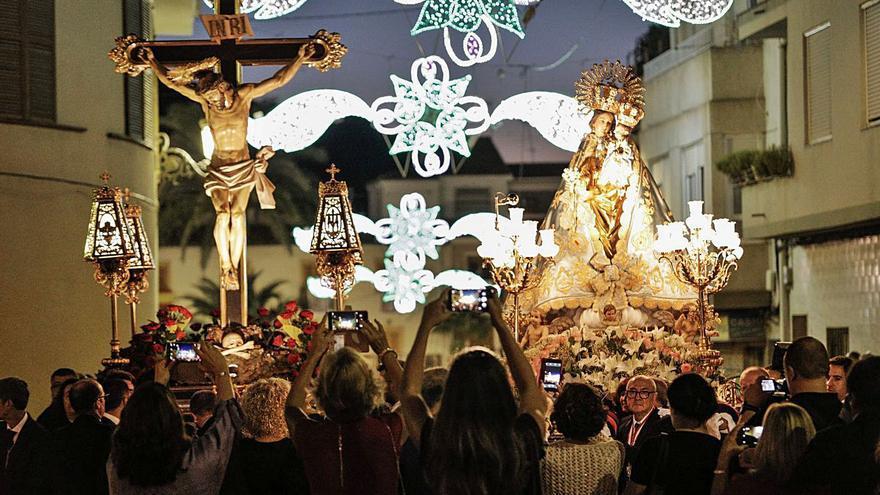Los eldenses podrán saludar a sus patronos durante las Fiestas Mayores