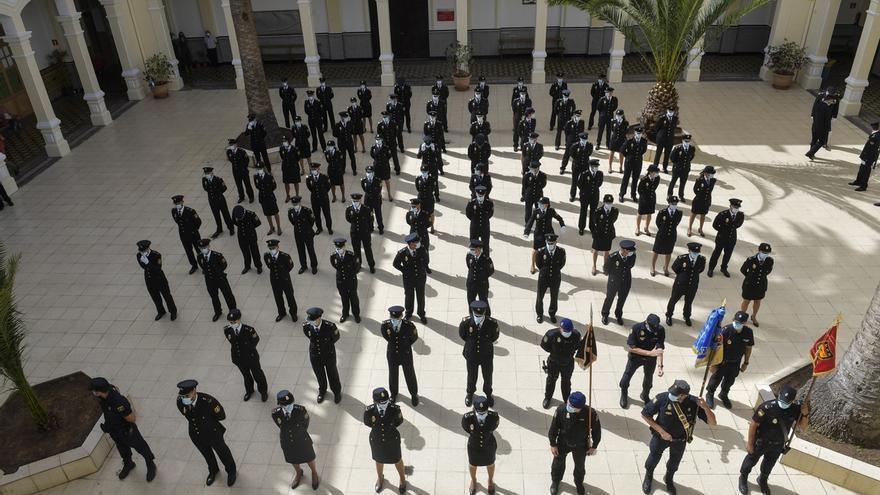 Jura del cargo de 76 alumnos de la XXXV Promoción de la Escala Básica de la Policía Nacional