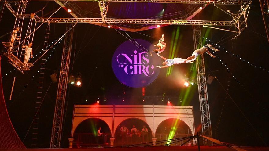 El circ amb carpa celestial arriba a la Ciutadella Roses
