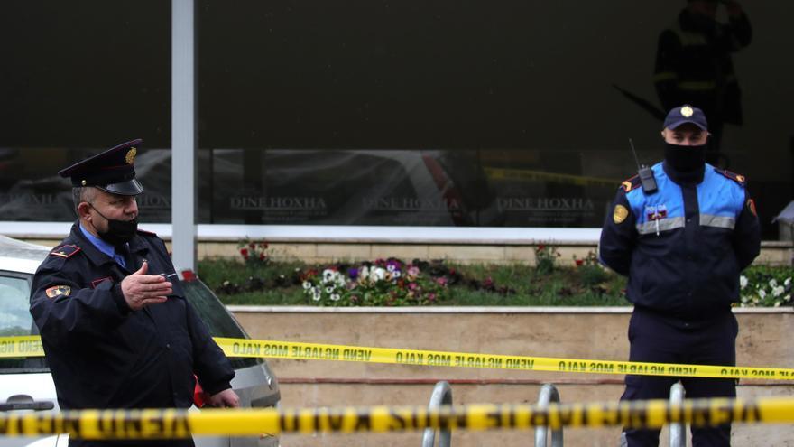 Un hombre apuñala a cinco musulmanes en una mezquita de Albania