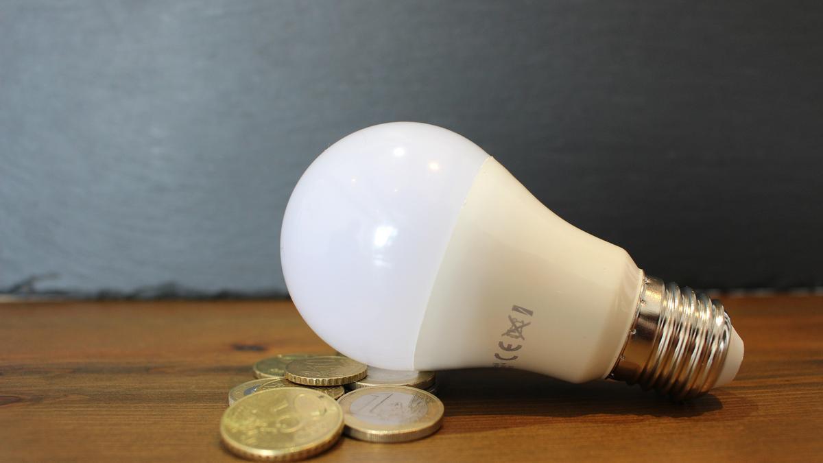 Canvi de tarifa en la factura de la llum a partir del juny