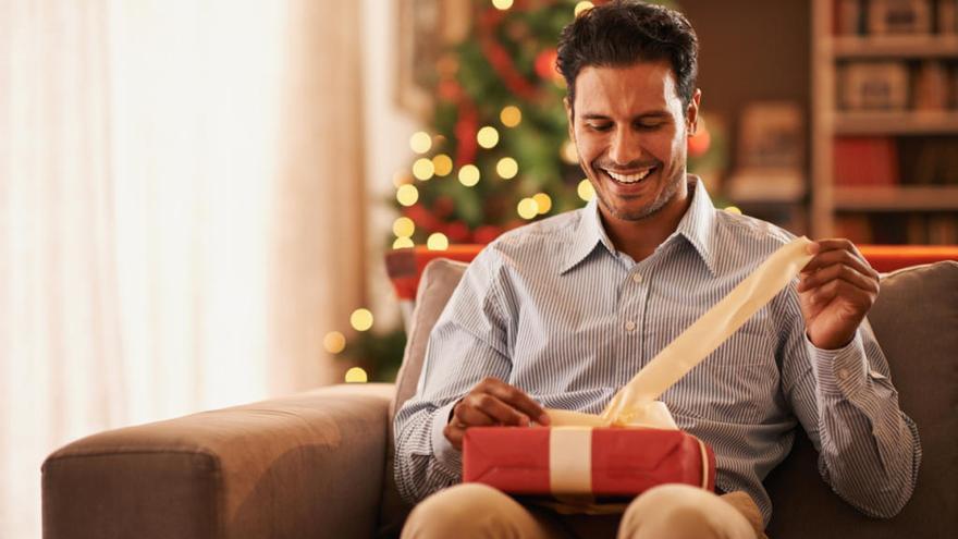 Diez regalos de Navidad originales para hombres