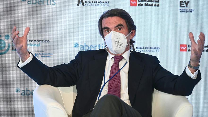 """Aznar cree que los indultos son una invitación al """"suicidio"""" del Estado"""