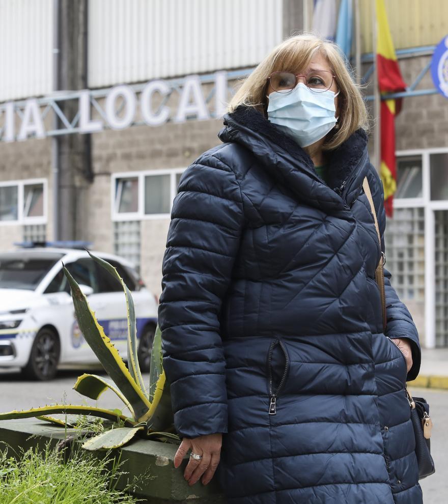 """Flor Rodríguez, una de las primeras en entrar en la Policía Local de Avilés: """"Me dije: 'Tienes que imponerte'"""""""