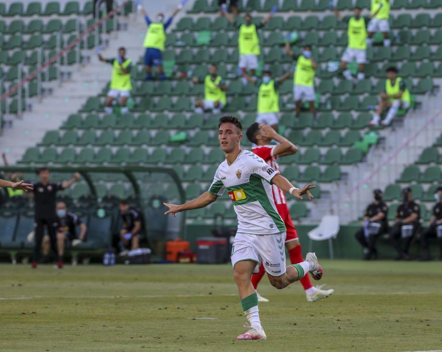 Un gol de Escriche, tras una espectacular galopada de Josan, permite a los franjiverdes sumar la primera victoria tras el parón y situarse de nuevo en puestos de «play-off»