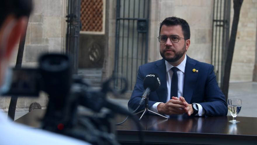 """Aragonès parla amb Sánchez i ofereix Catalunya per acollir tants refugiats afganesos """"com faci falta"""""""