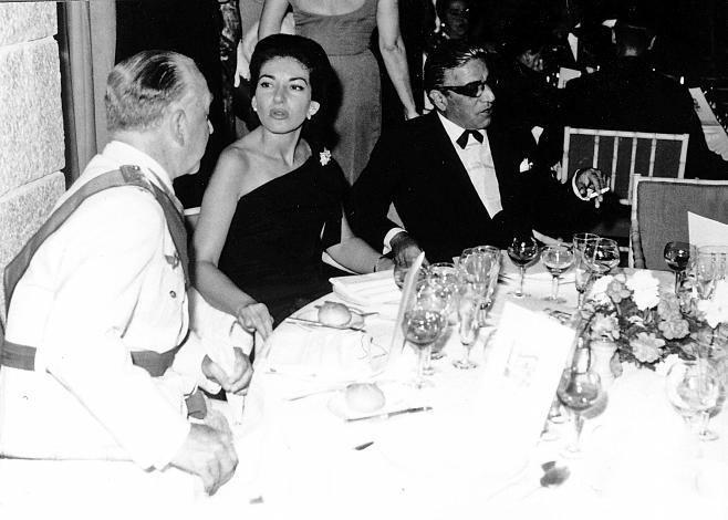 La cantante de ópera Maria Callas y el multimillonario griego Aristóteles Onassis.