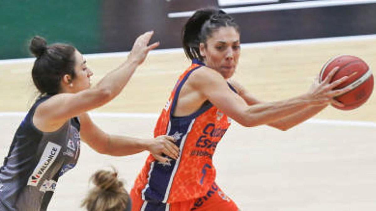 Alejandra Quirante, en el partido del pasado domingo contra el Valencia. / Superdeporte