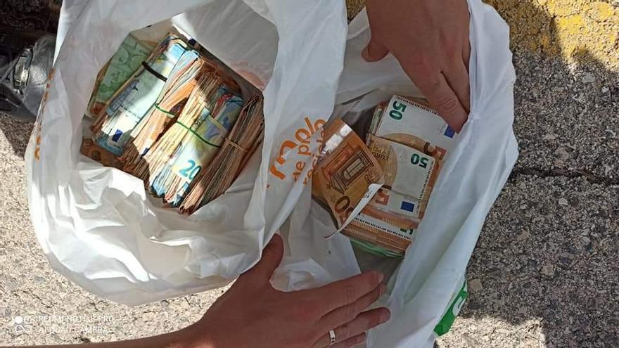 Detenido en Monóvar un hombre con más de 34.000 euros encima