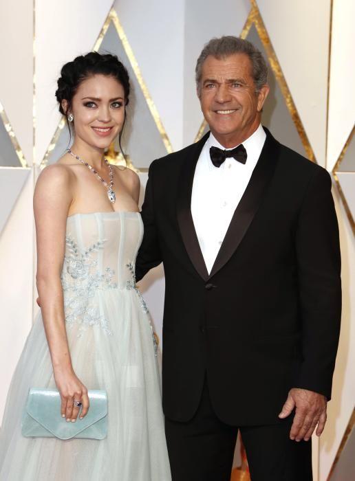 Arrivals - 89th Academy Awards