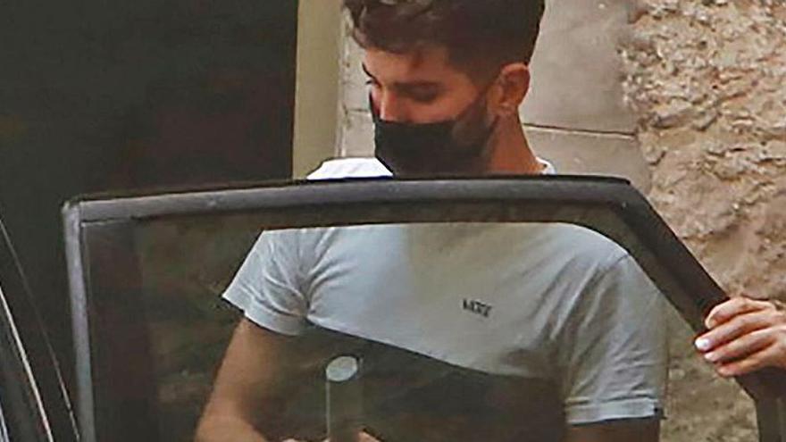 Prisión para un entrenador de fútbol de Alicante denunciado por abusos a un niño y que tenía fotos pedófilas de más de cien