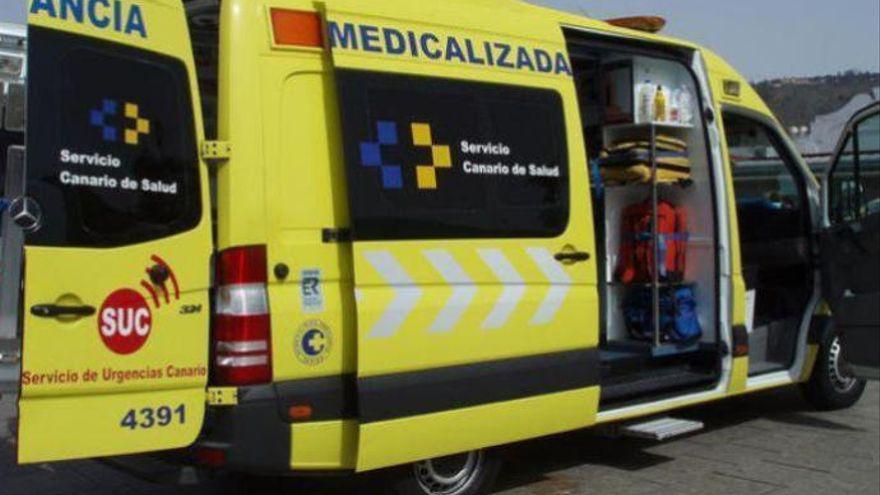 Herido un adolescente en una colisión entre un coche y una moto en Los Realejos