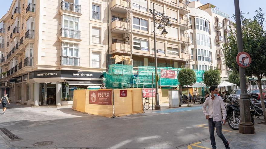 Urbanismo obliga a rehabilitar la fachada de un edificio del casco antiguo para evitar desprendimientos