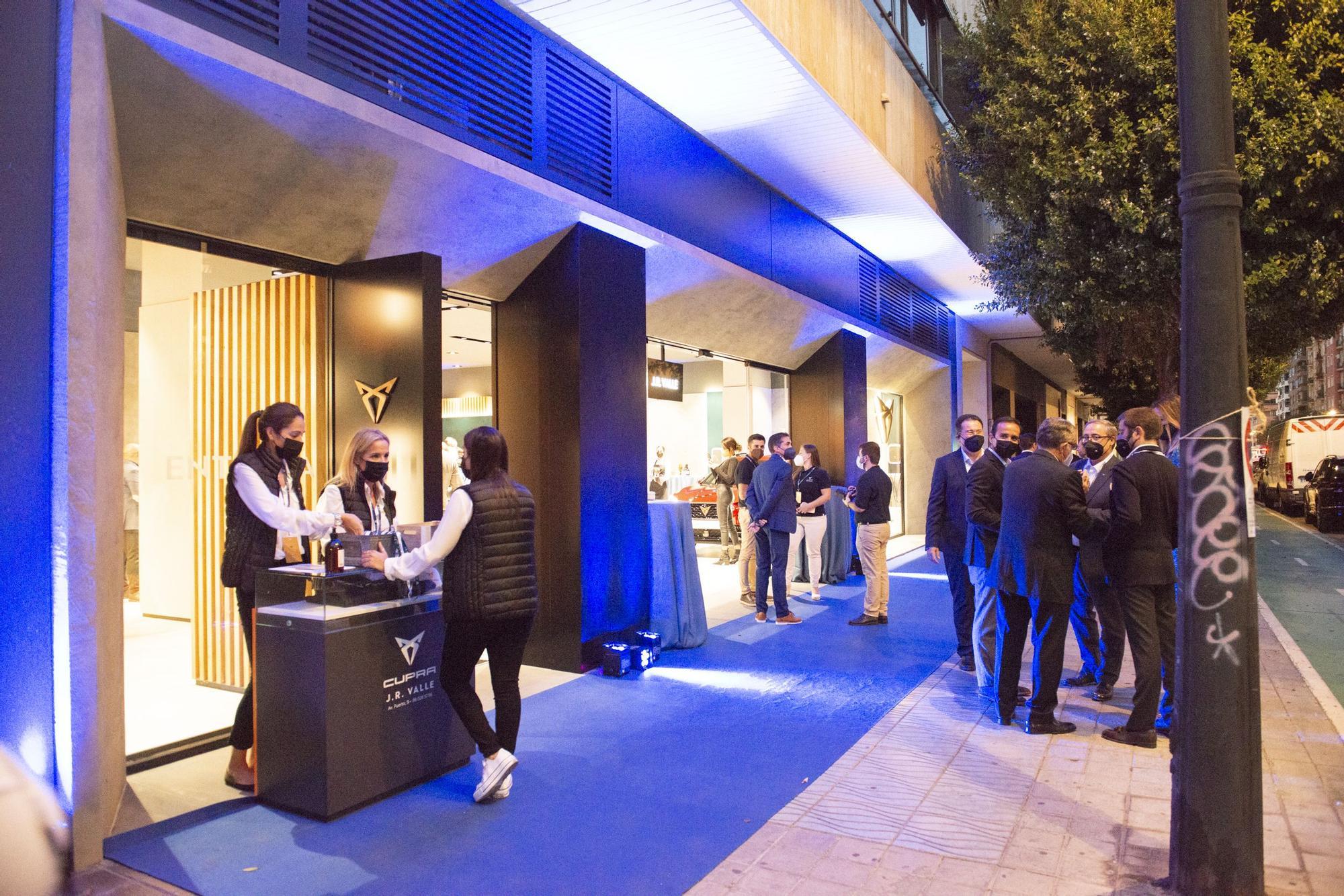 Inauguración de CUPRA City Garage Valencia by J.R. Valle, en la Avenida del Puerto de Valencia número 11