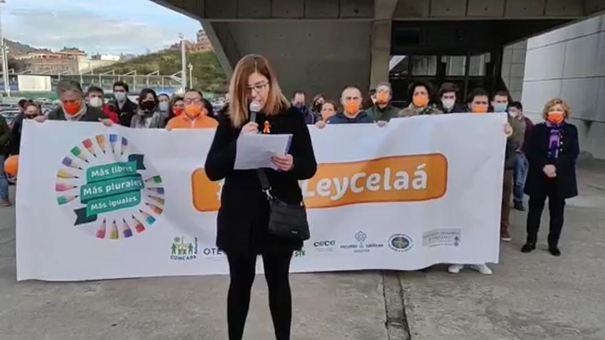 La concertada protesta en coche contra la ley Celaá en Oviedo y Gijón