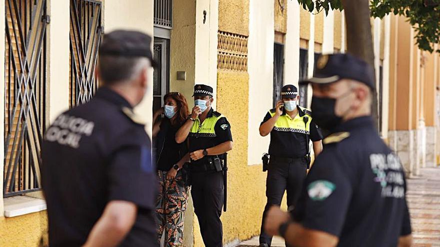 Un hombre asesina a su expareja con una escopeta en Málaga para suicidarse después