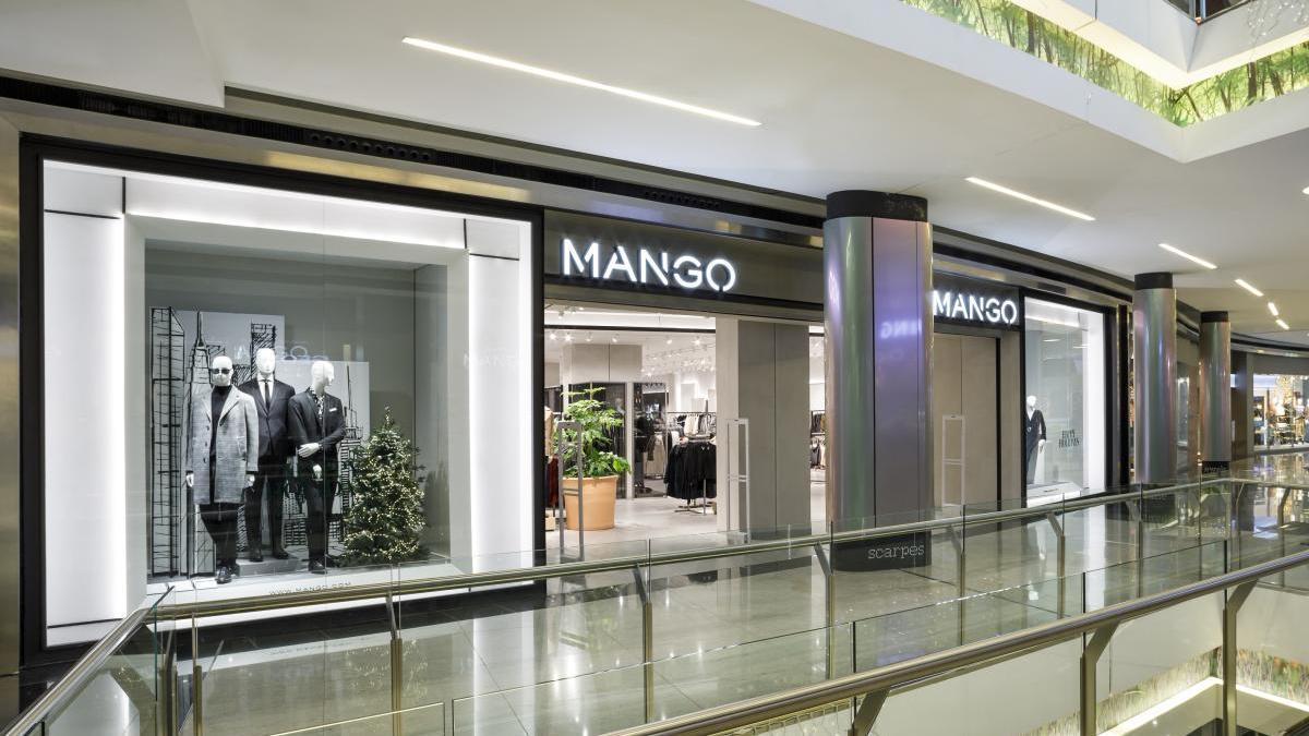El Centro Comercial Saler acogerá además una nueva tienda de moda que contará con firmas de diseño internacional.