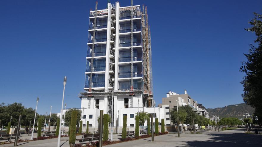 Las obras de la Torre del Agua cumplen dos años de parálisis y el futuro del edificio sigue siendo incierto