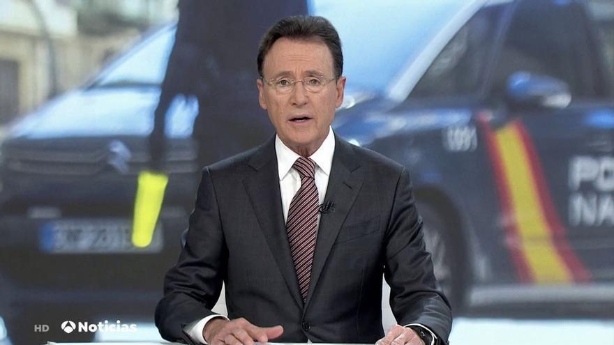 """Matías Prats 'se pierde' en Antena 3 Noticias: """"¿Por dónde voy, por dónde voy?"""""""