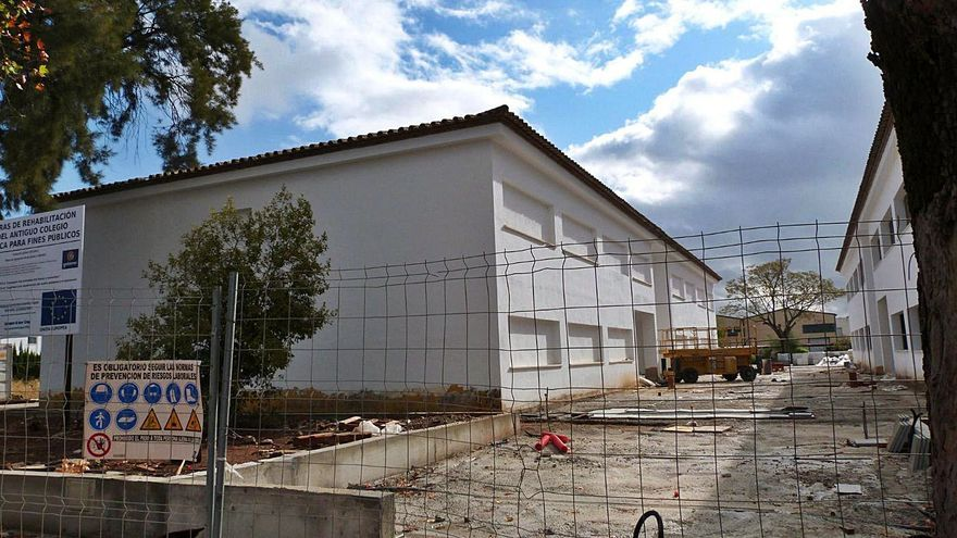 La rehabilitación del antiguo colegio Séneca está al 50% de ejecución
