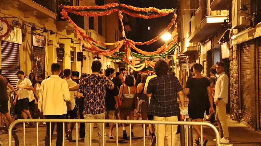 Milers de desallotjats a Catalunya el primer divendres sense restriccions nocturnes