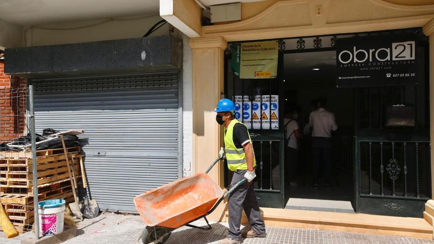 Vimcorsa resuelve varias subvenciones para instalar 32 ascensores en pisos de Córdoba por 800.000 euros