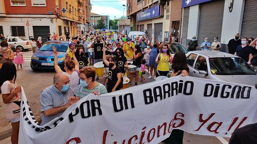 La inseguridad en Orriols obliga a  crear un grupo especial de policías