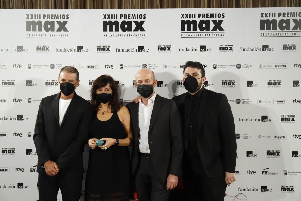 Candidatos, presentadores e invitados a los galardones desfilaron por la 'alfombra roja invisible' del AC Málaga Palacio
