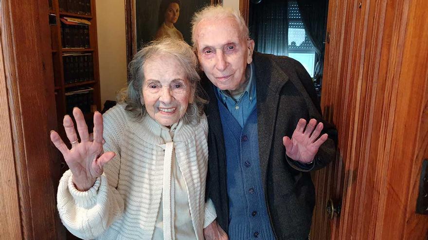 """El pintor vigués de 108 años que sobrevivió a dos pandemias: """"Si puedo, me vacuno"""""""