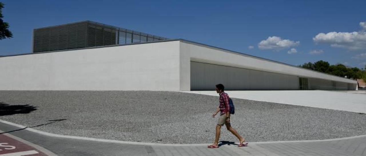 Imagen del cerrado centro nuevo Doctor Esquerdo.