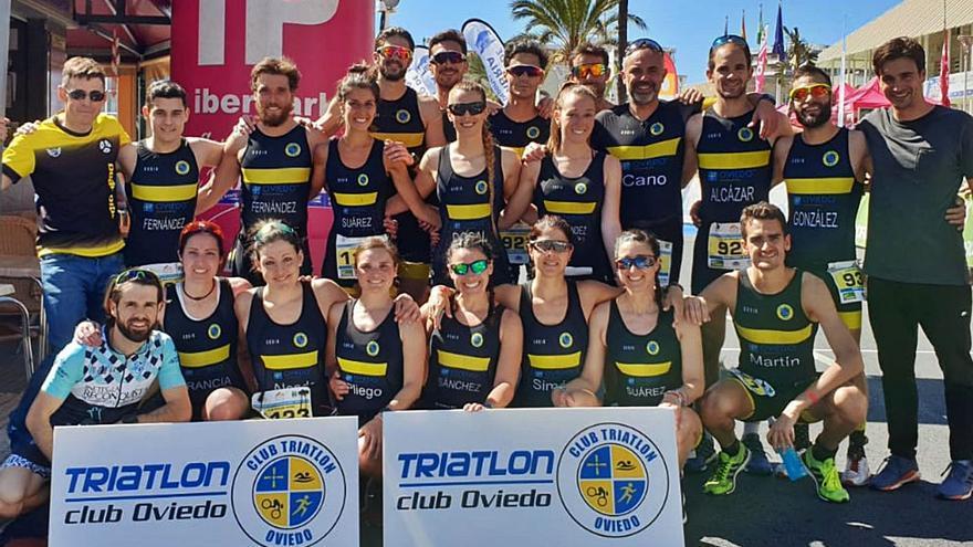 El triatlón crece en la capital del Principado: Oviedo nada, pedalea y corre