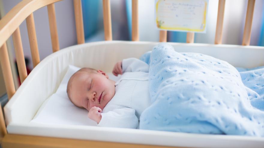 Los bebés que duermen más por la noche tienen menos riesgo de sufrir sobrepeso