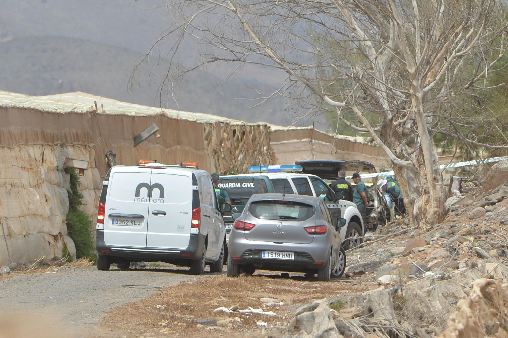 Vehículo calcinado con un cadáver en su interior en Pozo Izquierdo (13/09/2021)
