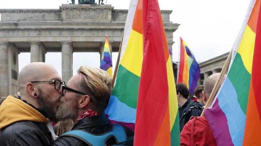 Los matrimonios gays tendrán los mismos derechos de residencia en toda la UE